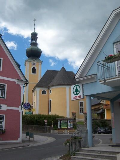The center of the St. Jakob is built around the