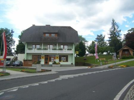 One of the beautiful shops and homes in St. Jakob