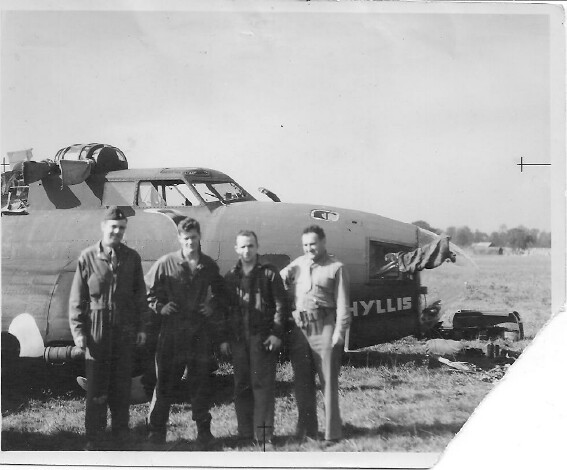 Phyliss with her crew after crash landing at RAF Gatwick 10/2/1942 - 301st BG, Army Air Corps Library and Museum