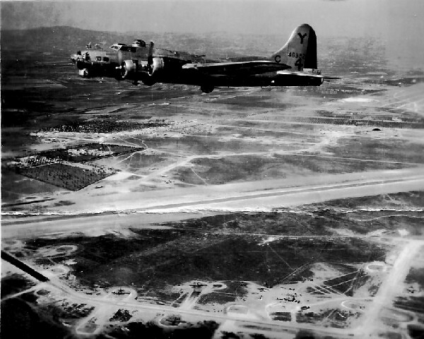 353rd B-17 44-6382 over Lucera - 301st BG, Army Air Corps Library and Museum